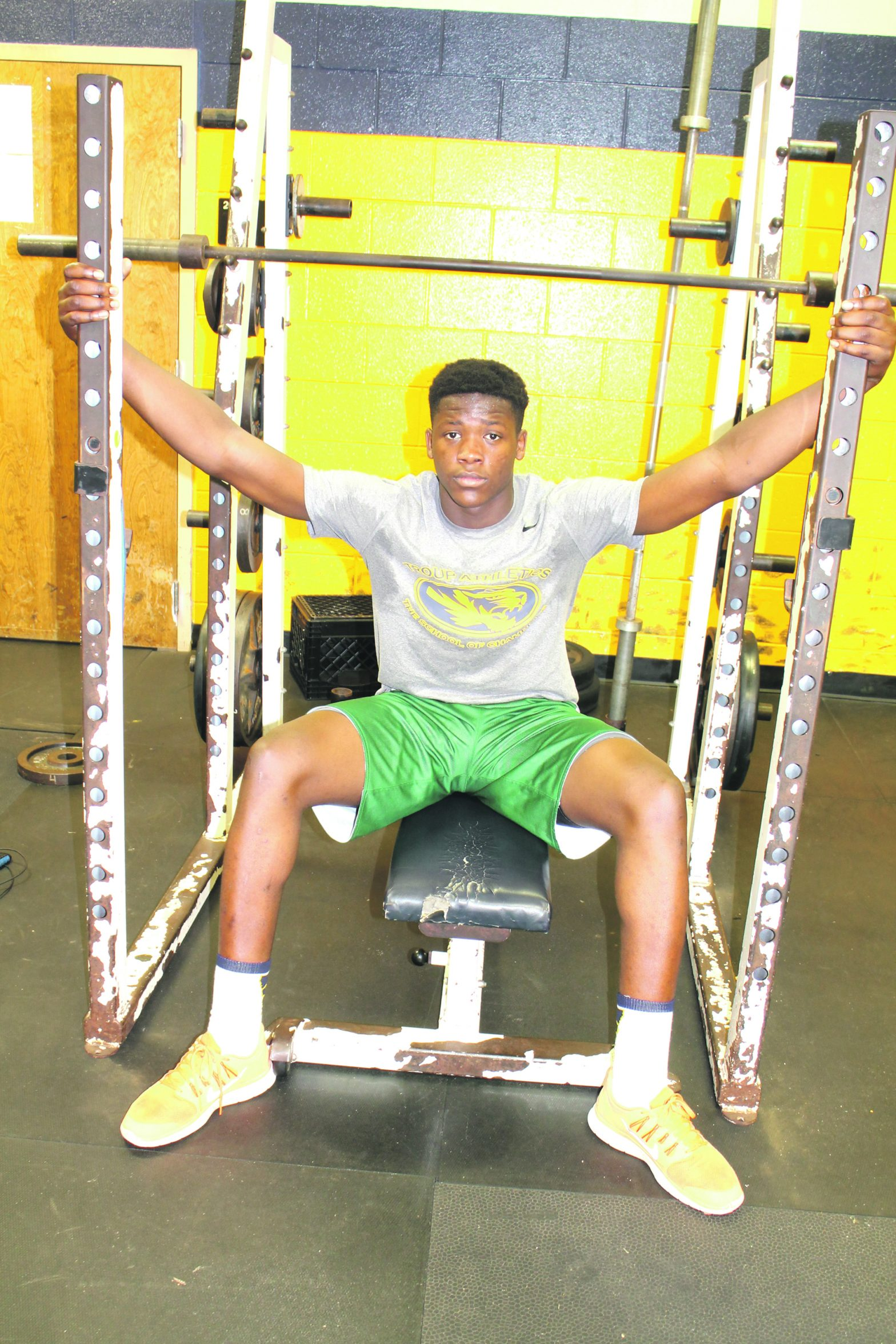Troup Defensive End  Visits Tech, Auburn  Is Next For Mwikuta