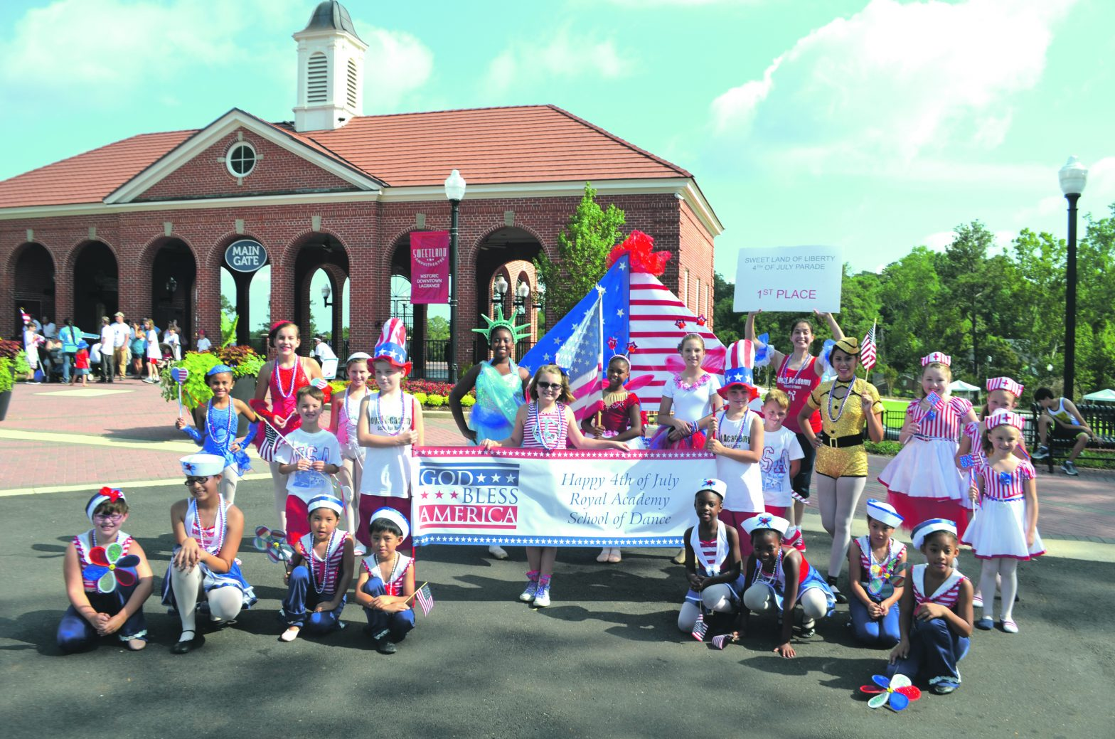 Sweetland Of Liberty Parade Takes Over 4th Of July
