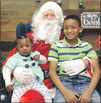 Hogansville Police Department Hosted A Visit From Santa Claus