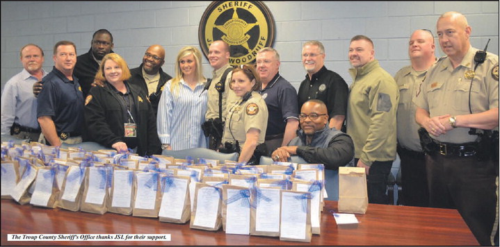 Junior Service League Provides Sweet Survival Kits For Law Enforcement