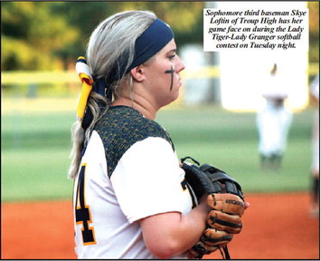Softball Rivals Play Another  Game Down To The Wire