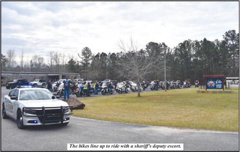 Law Enforcement Motorcycle Club Raises   Money for Foster Kids
