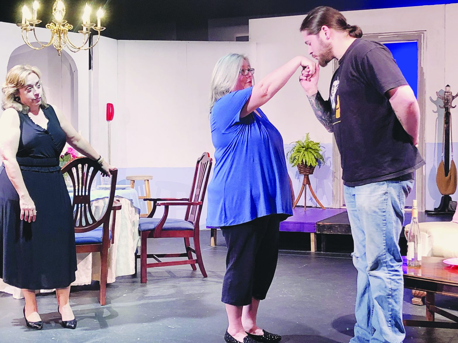 The Odd Couple Opens Thursday in Downtown LaGrange