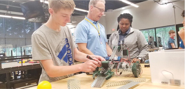 Students Learn About Future Career  Opportunities in SLAM Camp
