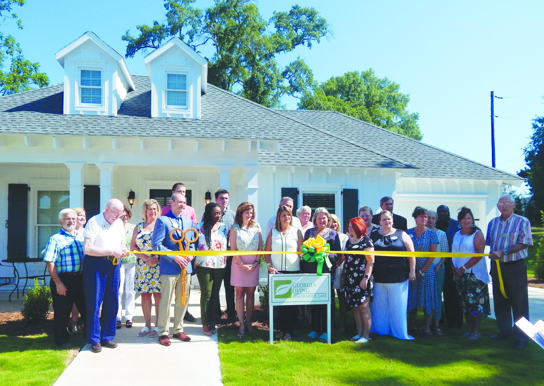 Georgia Living Senior Home Care Opens New Office in LaGrange