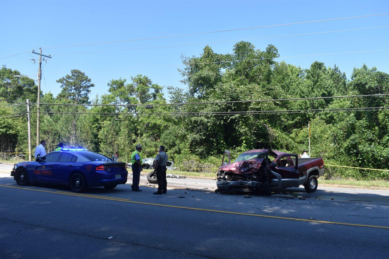 Three Hospitalized in New Franklin Road Crash