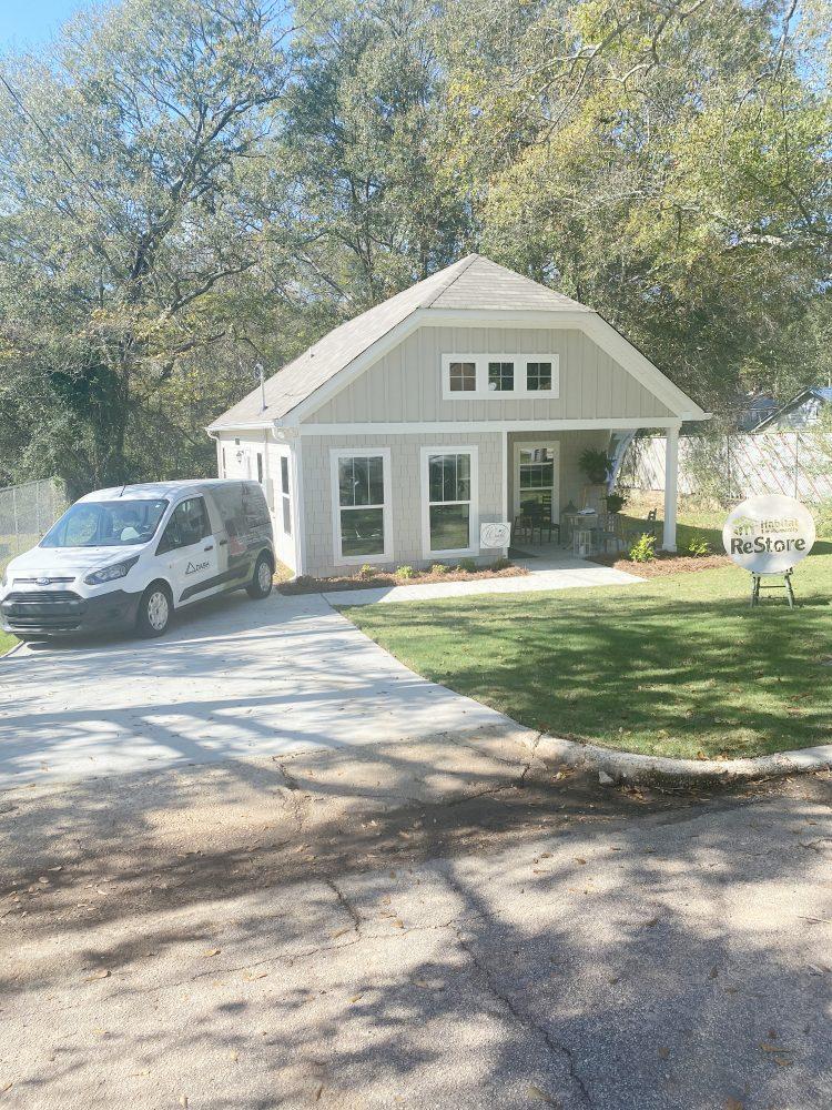 DASH Holds Open House on  506 Everett Street Property