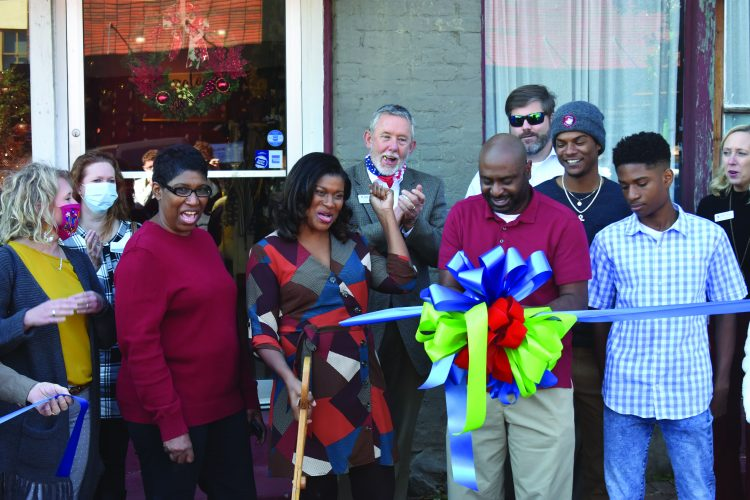 Emberglow Handmade Holds Downtown LaGrange Ribbon Cutting