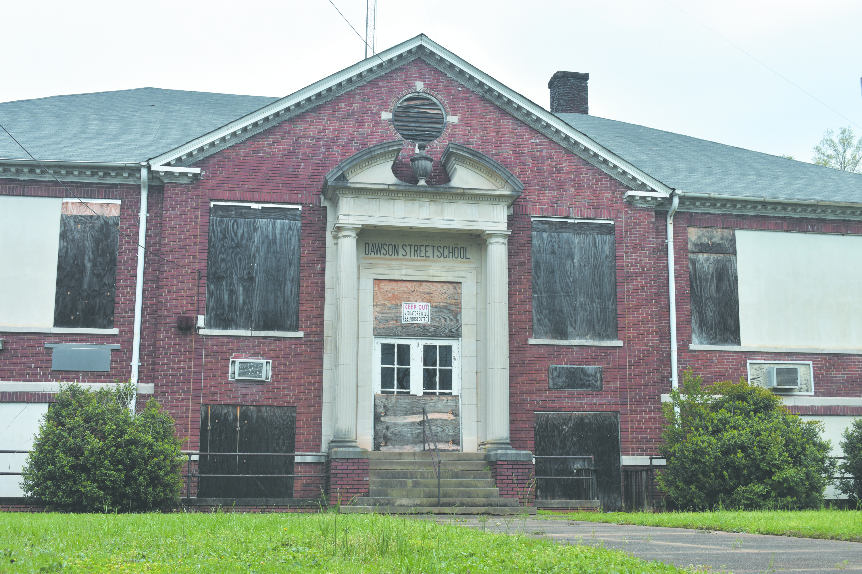 LaGrange Considers Redevelopment of Dawson Street School Property