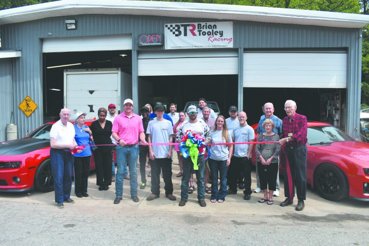 Chamber Hosts Ribbon Cutting for Wicked Wrench Automotive